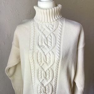 Gap cable knit sweater size large